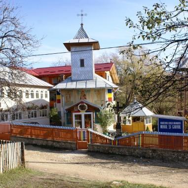 Sfânta Mănăstirea Lacul Frumos